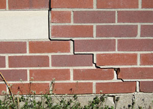 a foundation wall crack on a Belpre home.